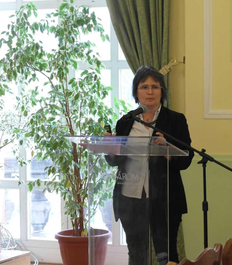 Számadó Emese, a  Komáromi Klapka György Múzeum igazgatója