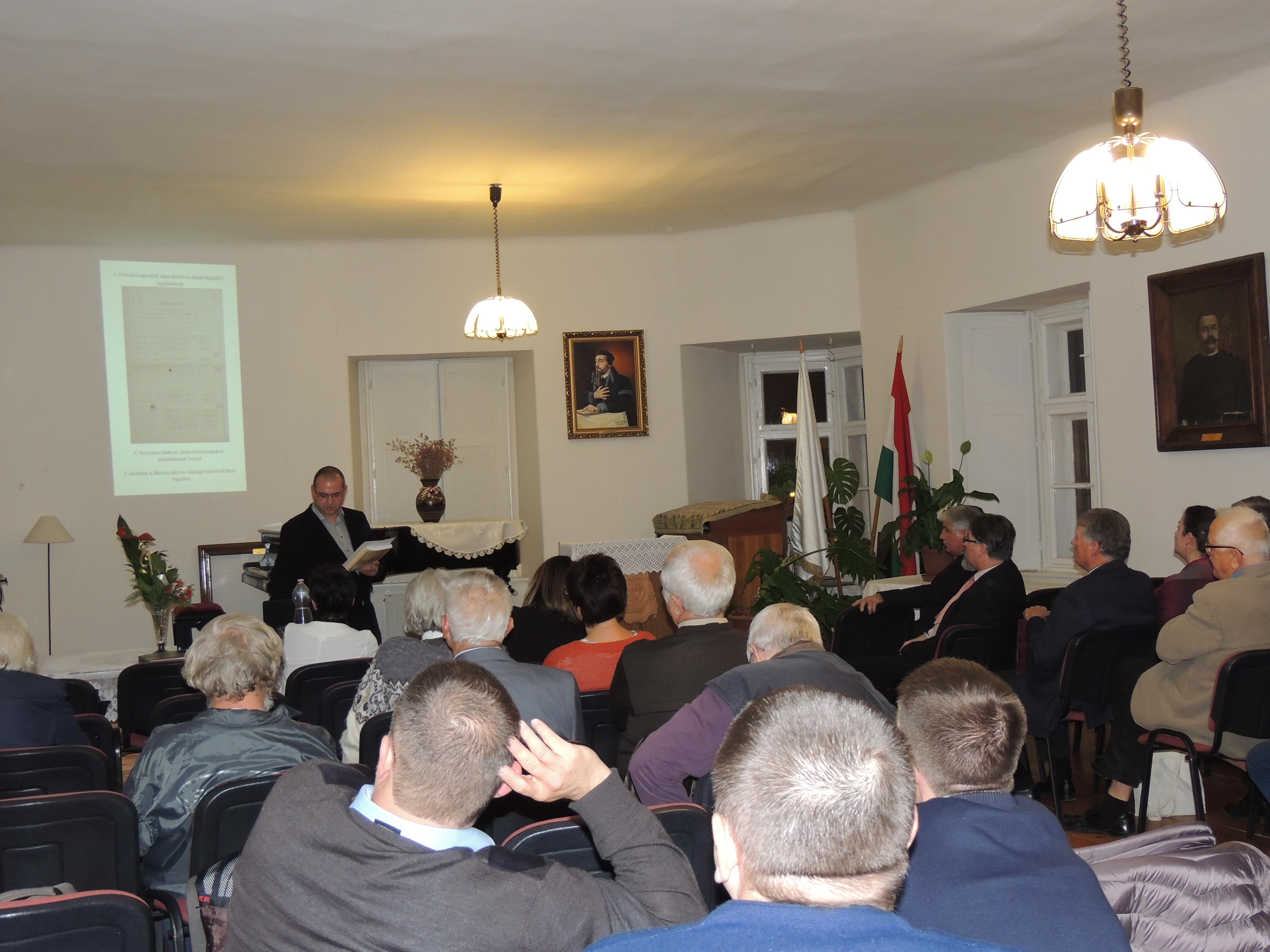 Könyvbemutató és a Reformáció MNL projekt eredményeinek ismertetése a Kálvin Házban