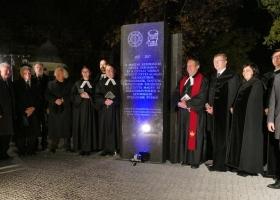 Az 500 éves reformáció emlékműve - Gyula