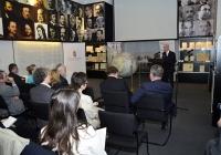 Egy német gyártmányú földgömb és Luther végrendelete: dokumentum-bemutató az MNL Országos Levéltárában