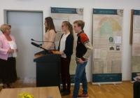 """Megnyílt a """"Vissza a forrásokhoz"""" vándorkiállítás és lezajlott az """"Utazás Wittenbergbe"""" verseny díjátadó ünnepsége"""