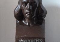 Dávid Ferenc szobra