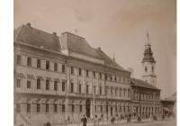 Az épület egy évszázada