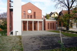 Budahegyvidék evangélikus templom bejárata
